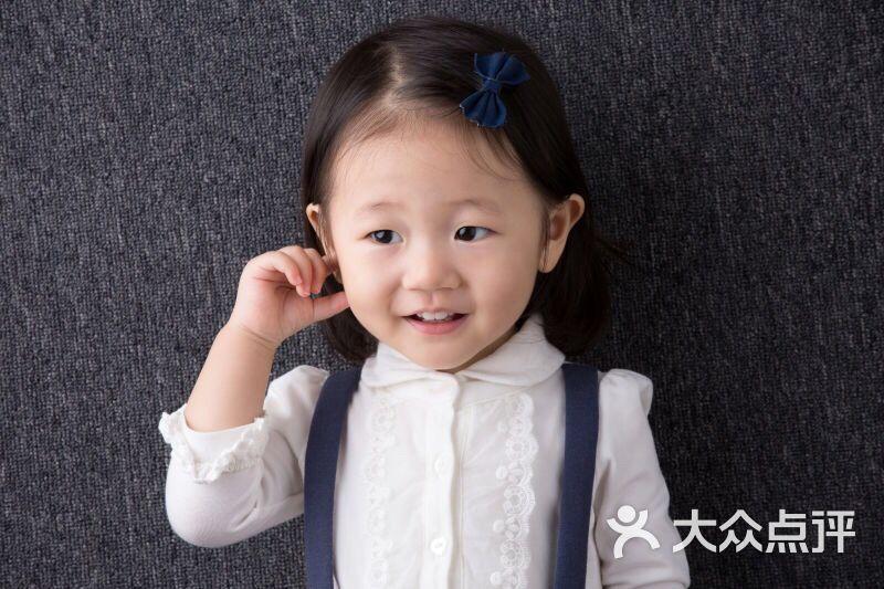 纸飞机儿童摄影-纸飞机儿童摄影图片-郑州-大众点评网
