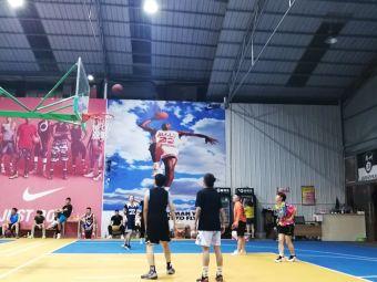 黔洲球盟篮球馆