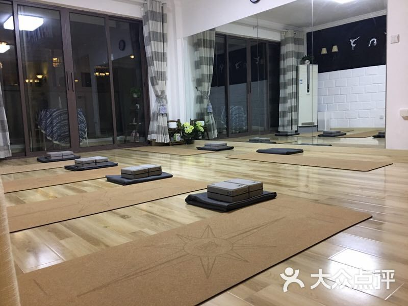 瑜舍连锁瑜伽(新江湾城店)图片 - 第1张图片