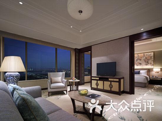 香格里拉大酒店 行政套房图片 扬州美食
