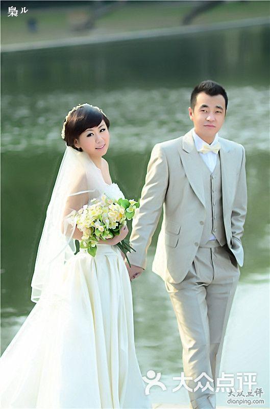 V2视觉外景婚纱摄影
