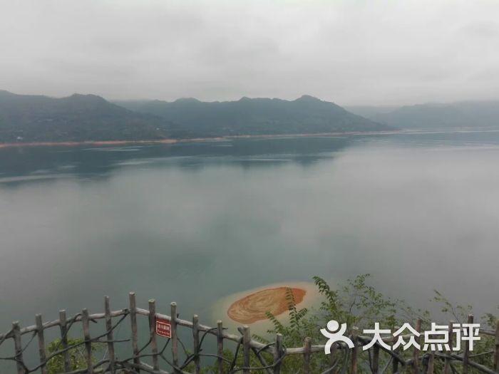 东江湖凤凰岛景区凤凰岛顶风光图片 - 第1张