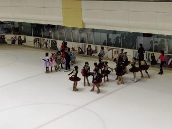 国贸溜冰场