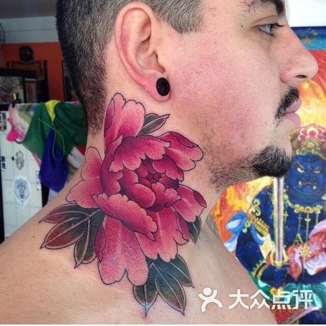 牡丹花纹身