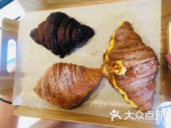 牛角村croissant village(三里屯店)榴莲牛角包图片 - 第3张