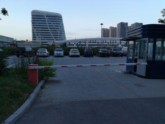 大庆昊方诺富特酒店-停车场