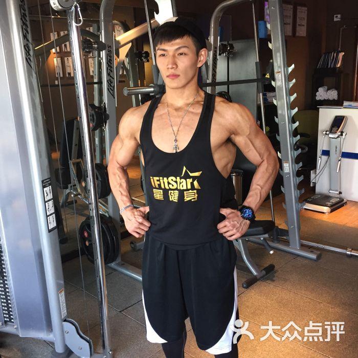 ifitstar星健身(中国全明星教练概念店)-只看血管!