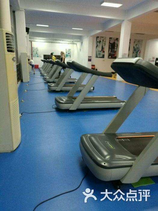 深圳大学健身房-图片-深圳运动健身