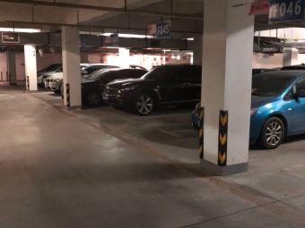 盛世家园一号停车场