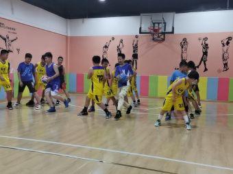 明光中能中考体育篮球培训基地