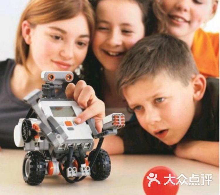 【编程进阶班-亲子套餐】-hirobot机器人创意中心