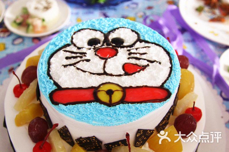 哆啦a梦生日蛋糕