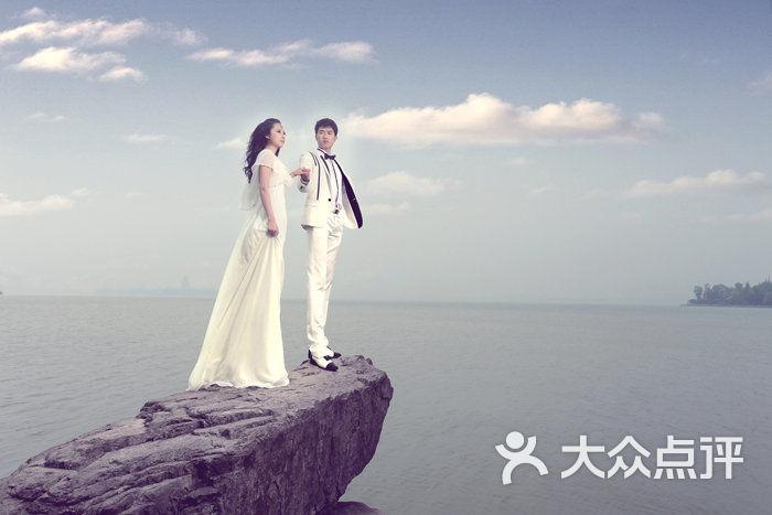 阳光恋人高端婚纱摄影_阳光恋人婚纱摄影