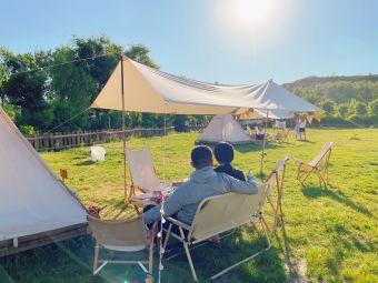 旷野露营基地