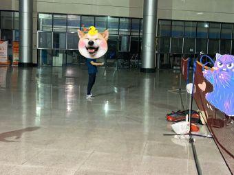 武汉全民健身中心东停车场