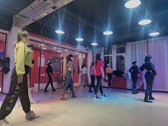 水灵子舞蹈全国连锁江油校区