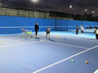 青岛7ACE网球运动俱乐部