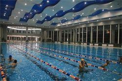 西亚斯学院游泳馆