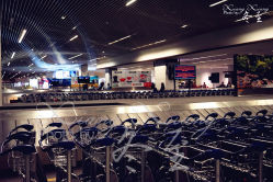 马来西亚低成本航运机场的图片