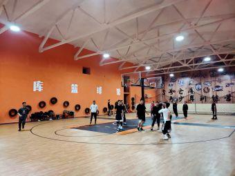 5号仓库篮球馆
