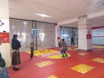 我赛尔篮球训练中心(大良印象城店)