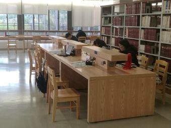 昆明理工大学图书馆(呈贡校区)