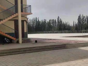 玉门市柳湖中学
