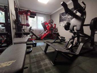 健身工作室 周天辉纯铁馆(周天辉健身工作室)