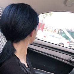 2015染头发颜色男生 蓝黑色
