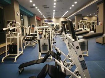 人和国际健身俱乐部(长江路店)