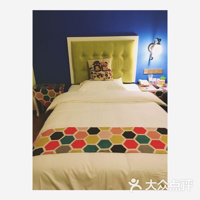 蒙特雷斯墨西哥主题理工酒店(乐山肖坝风情店美食由来名字这个的图片