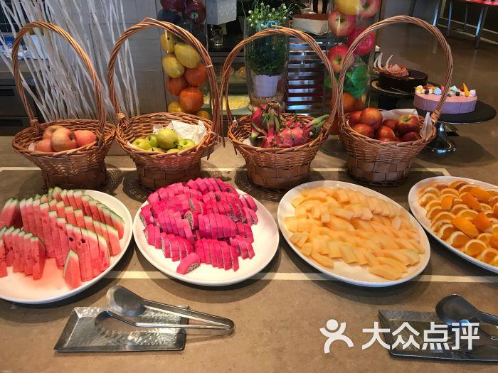 咖啡秀・自助餐(香格里拉大酒店)水果区域图片 - 第3张