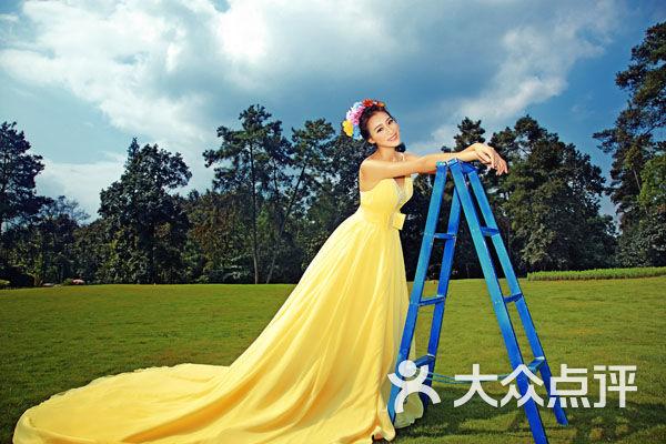 雅安米兰婚纱摄影官网_雅安米兰婚纱摄影