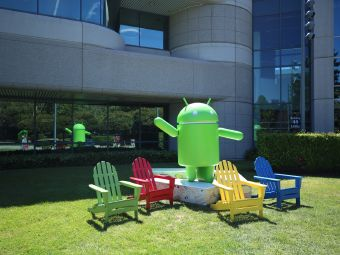 谷歌安卓草坪塑像園