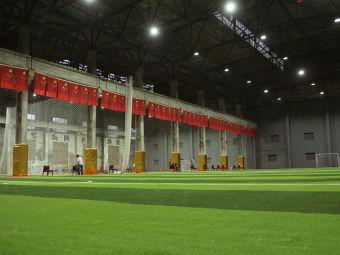 源盈室内灯光足球场