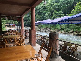 汤氏河边茶园