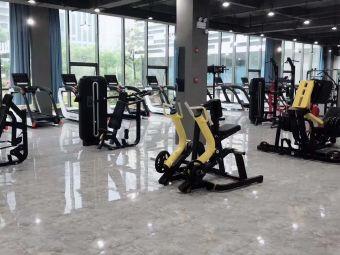 新力量健身会所