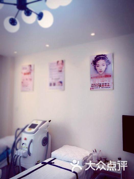 m·studio 纹绣设计工作室(安远路店)图片 - 第2张