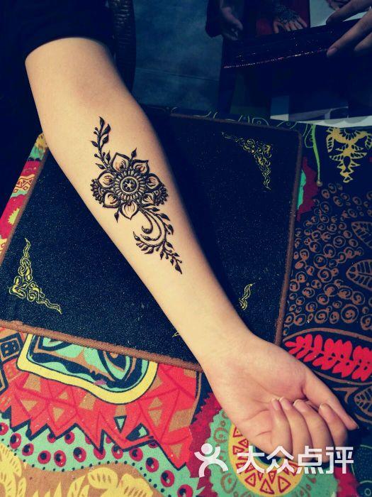 赋美·印度海娜手绘纹身(钟楼骡马市店)图片 - 第1张