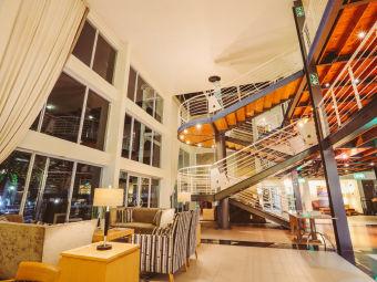 克尼斯納碼頭萬豪普羅蒂酒店