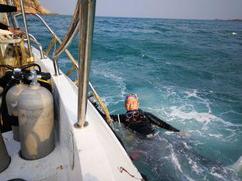 万岛潜水服务有限公司