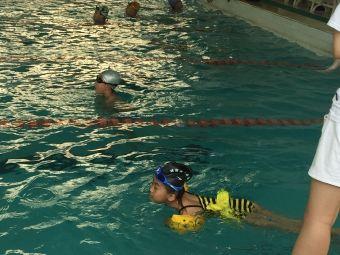 威海体校游泳馆