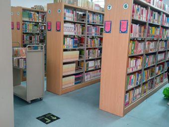 温嶺图书馆(溪滨路店)