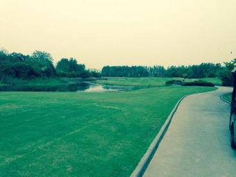 太阳岛国际高尔夫俱乐部