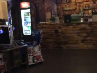 东润网咖酒吧台球