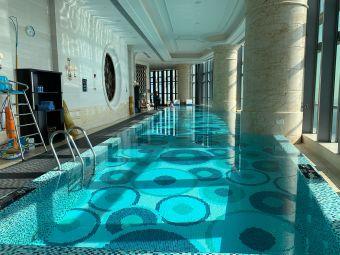 珠海瑞吉酒店游泳池