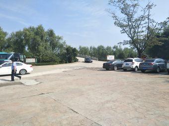 大纵湖旅游度假区停车场