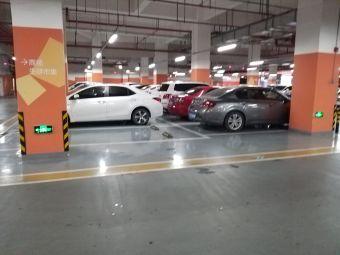 LCM置匯旭輝廣場地下停車庫
