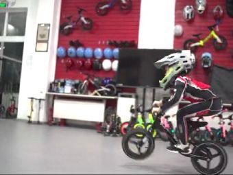 骑二无比儿童滑步车培训