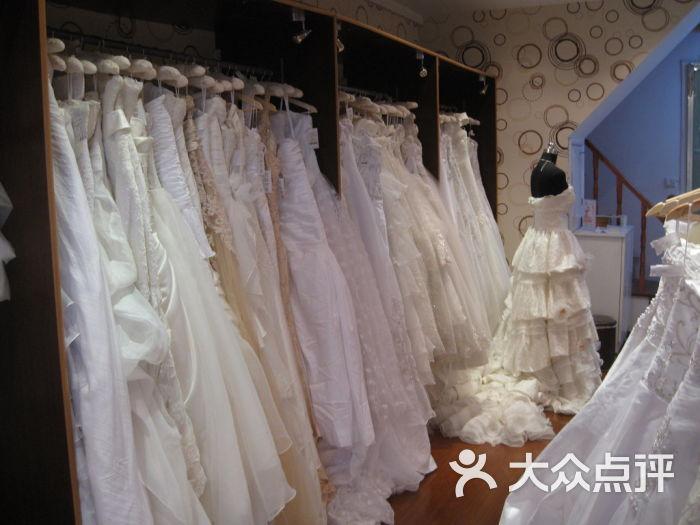 莉莲新娘婚纱礼服专卖图片